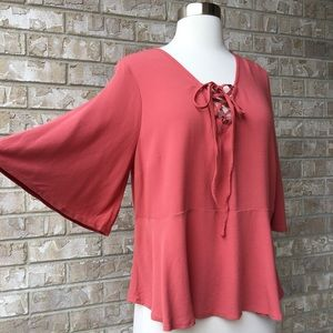 MWT Mossimo Supply Co Bell Sleeeve Top Blouse M🌸